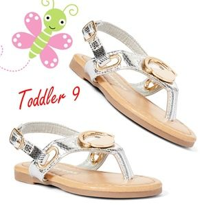 Other - ☀️Ositos☀️ Shoes Silver Decorated Sandal - Girls